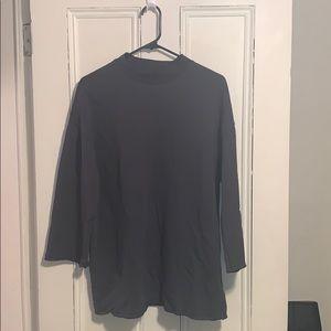 Mock neck quarter sleeve sweatshirt